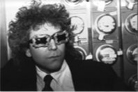 an early promo shot of Pete with funky glasses